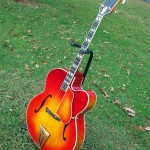 super-400-tenor-archtop-guitar-side2